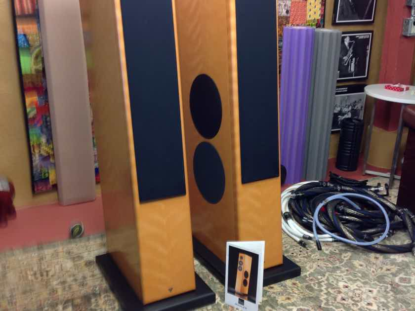 Vienna Acoustics Mahler Full-range Loudspeakers.  Local p/u only, in RI