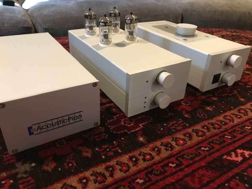 Acoustic Plan DigiMaster, DriveMaster and dedicated power supply - MINT!