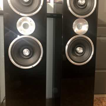 Zu Audio Definition MK IV Full range speakers in high g...