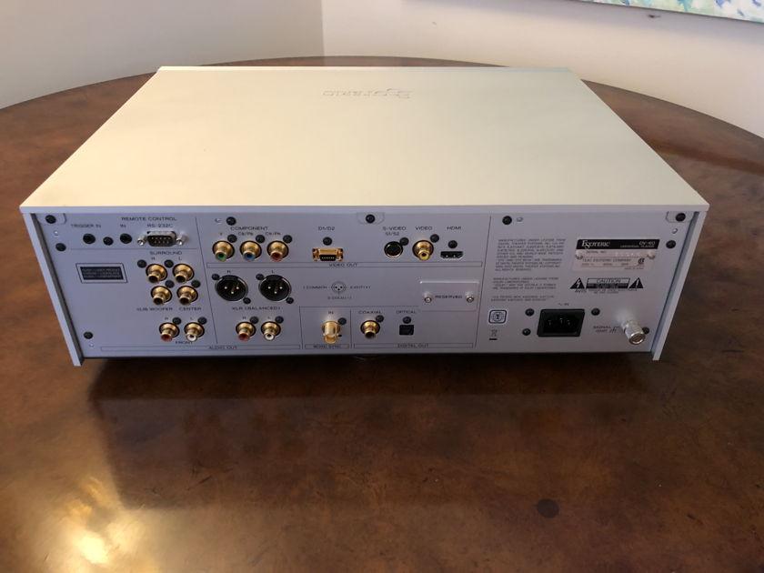 Esoteric DV-60 Silver SACD Universal Disc Player - Very Nice