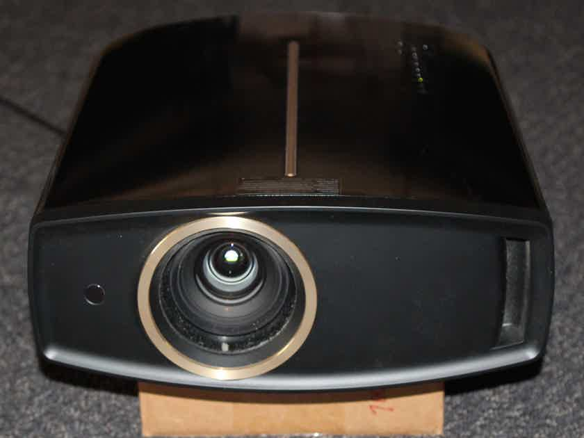 JVC DLA-RS25 Supper 1080P Projector !