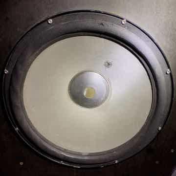 Wilson Audio Pow Whow mkIII Ref Sub  !