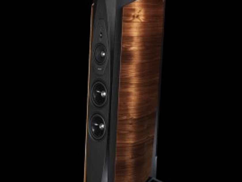 Sonus Faber Aida Walnut Speakers pair New & boxed! Make your offer