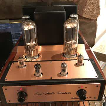 211 STEREO AMPLIFIER