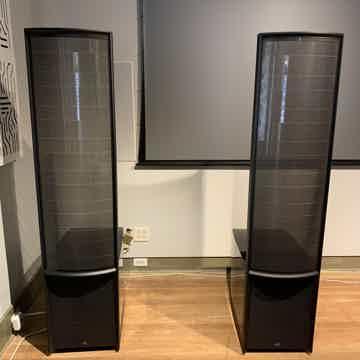 ESL 15A -Gloss Black