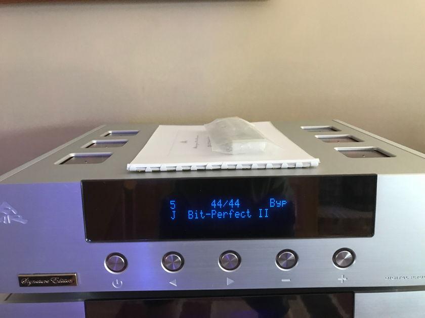 Abbingdon Music Research DP-777 Signature Edition DAC,PreAmp