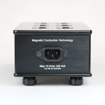 High Fidelity Cables MC-6 Power Distributor
