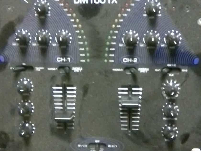 numark  DM1001X PRE AMP MIXER