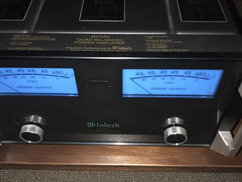 McIntosh MC-452 2-Channel Power Amplifier –  Demo/Warranty