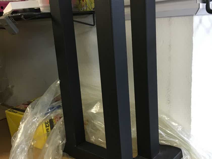 "Sound Anchors 3 Post Speaker Stand New and Perfect for Harbeth, Spendor, Kef, Rogers 24"" Tall"