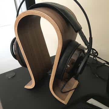 Nighthawk Over Ear Headphone