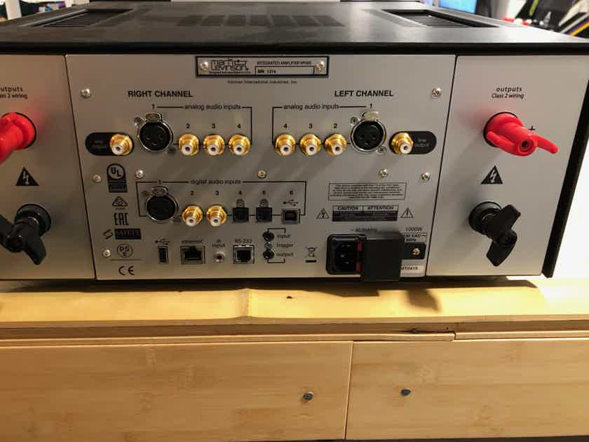 Mark Levinson No. 585 Integrated Amplifier / DAC