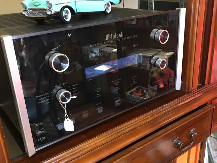 McIntosh  MHT-100 Home Theater Receiver - Excellent Cond