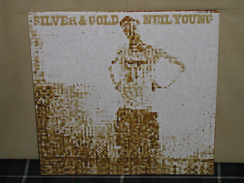 Neil Young - Silver And Gold    German Import Reprise Germany Still SEALED from 2000!