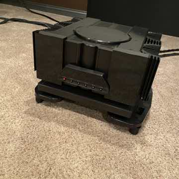 SXRC Amp Stand and M3X Isolation Base