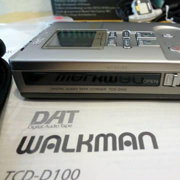 Sony  TCD-D100