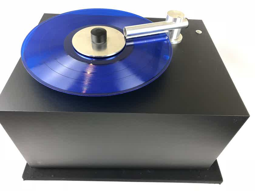 Pro-Ject VC-S Record Cleaning Machine, Like New