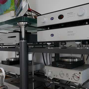 Aurorasound PREDA-TBSP preamplifier - truly balanced fr...
