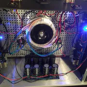 First Watt F6