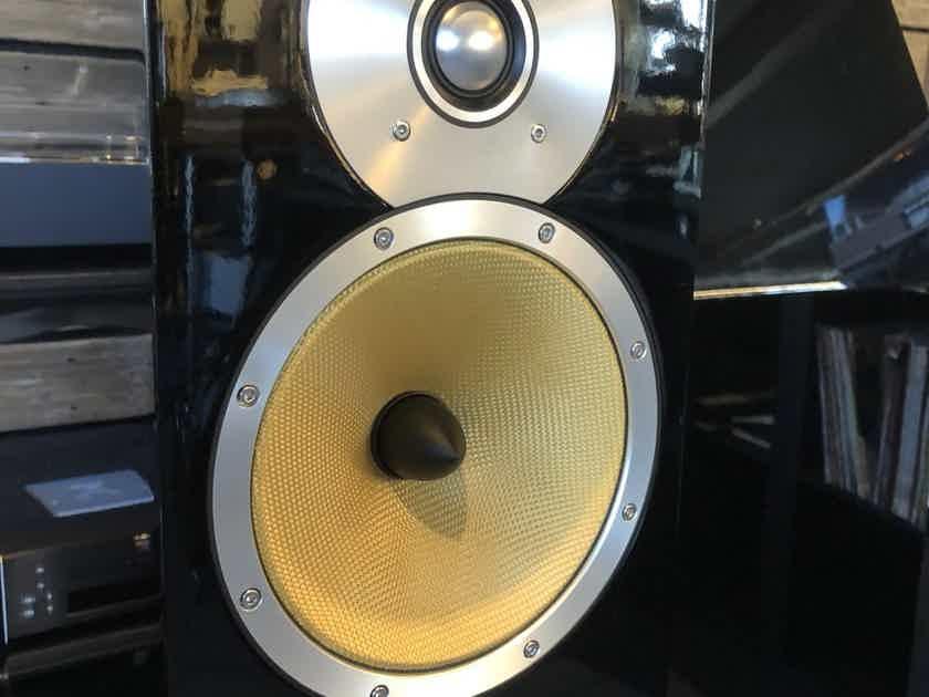 B&W (Bowers & Wilkins) CM9 Floorstanding Speakers In Gloss Black