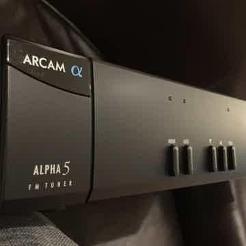Alpha 5 FM Tuner