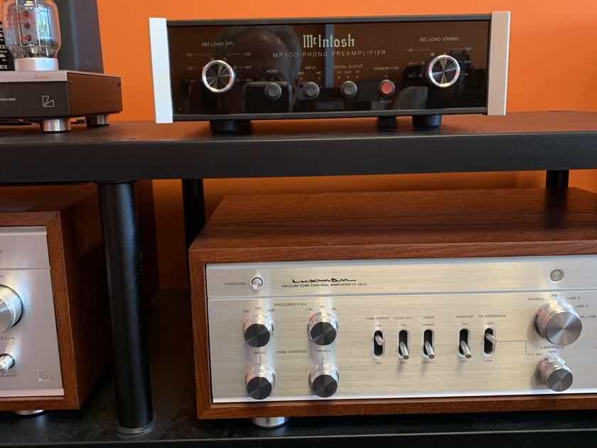 McIntosh MP100 Phono Pre Amp