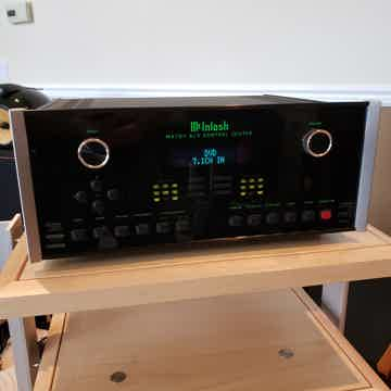 McIntosh MX121 Audio/Video Control Center