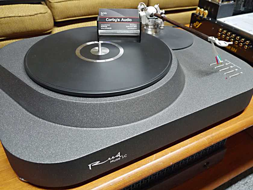 Reed Tonearms Muse 1C Turntable