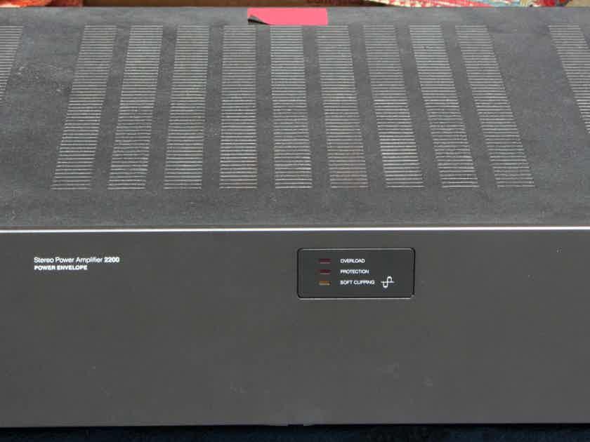 2200 Power Amp