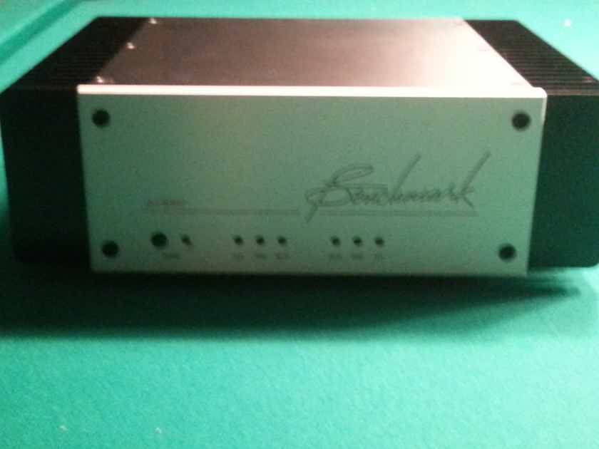 Benchmark AHB2 Power Amplifier