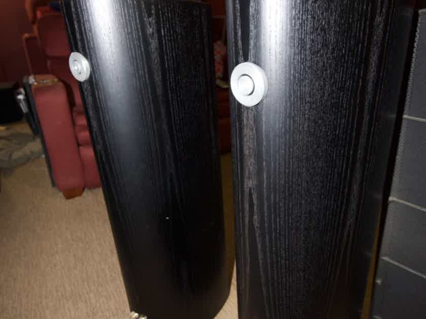 Bowers and Wilkins 804 S