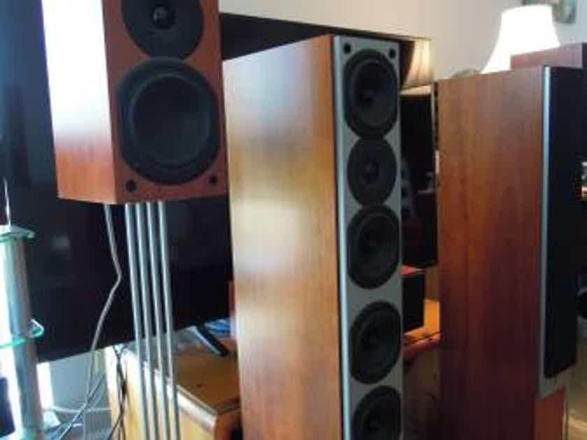 System Audio SA1750 Floor standing Speakers from Denmark