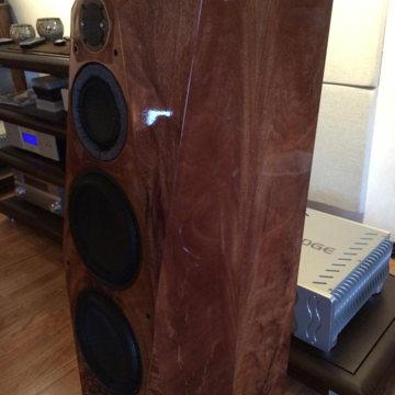 Avalon Acoustics Compas Premium finish