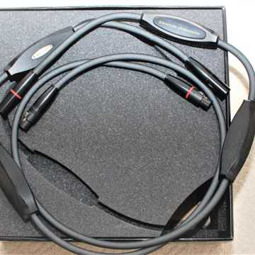 Transparent Audio Reference with MM2 Technology XIR Balanced 1.5M interconnect