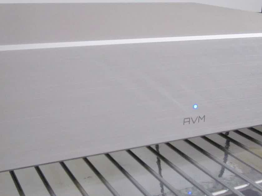 AVM Audio SA 3.2 Stereo Amplifier 325 x2 RMS SPECIAL SALE!