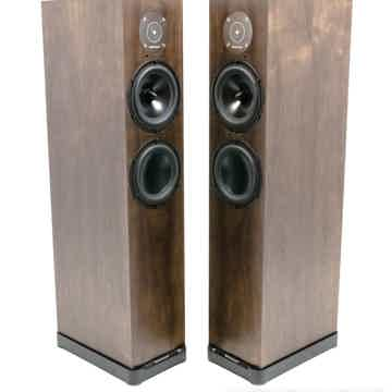 D7 Floorstanding Speakers