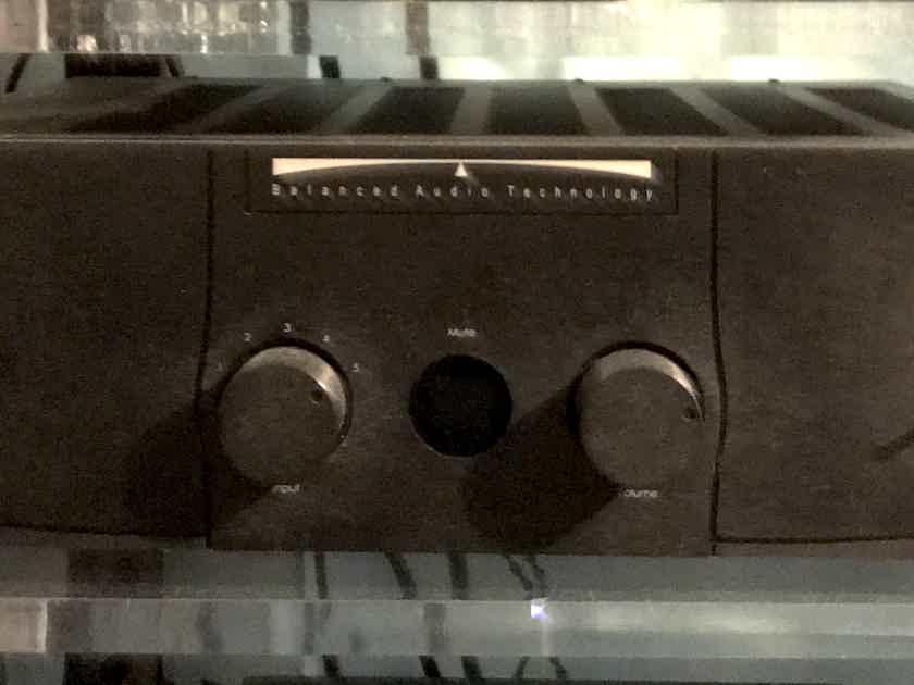 Balanced Audio Technology VK-3iX
