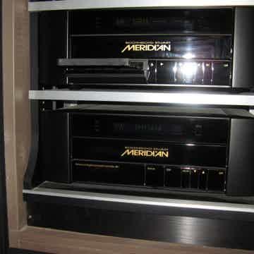 Meridian 800