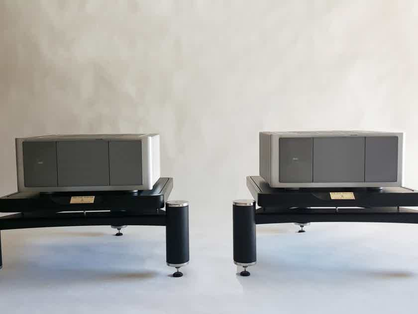 Audiophile Rack Audio Magic (stand for High-End components) for monoblock AMP