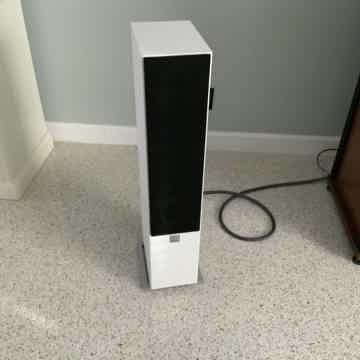 DALI Zensor 5 Floorstanding Speakers Very Nice!!