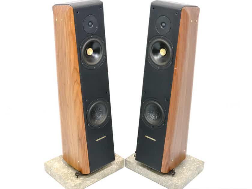 Sonus Faber Concerto Grand Piano Floorstanding Speakers; Walnut Pair w/ Bases (28570)