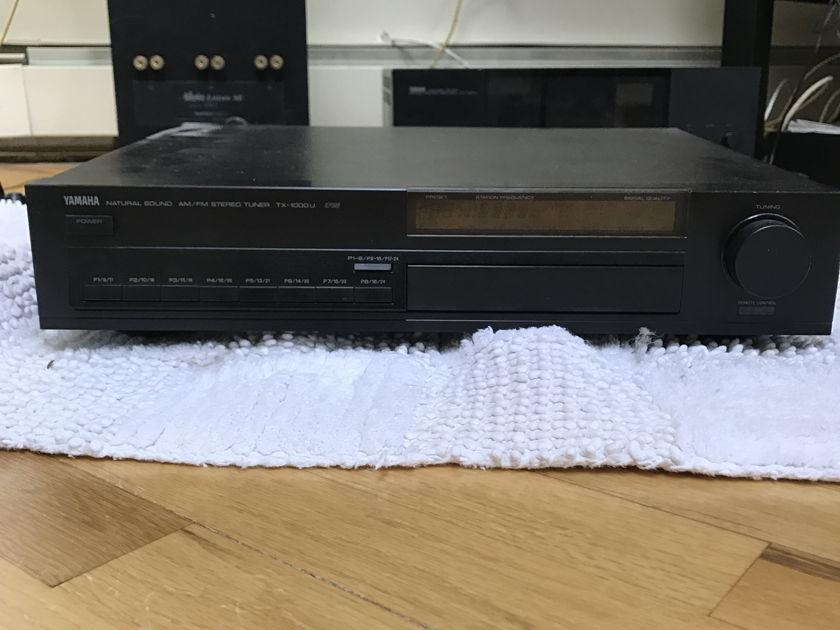 Yamaha TX-1000u