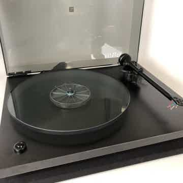 Rega Planar 2 (P2) Vintage Turntable with New Sumiko Ca...