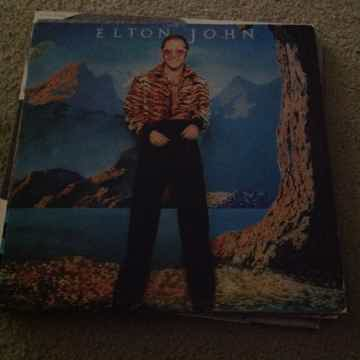 Elton John - Caribou MCA Records Rainbow Label Vinyl LP NM