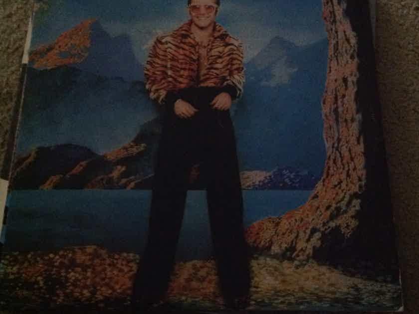 Elton John - Caribou MCA Records Rainbow Label Vinyl LP NM