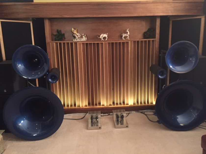 Avantgarde Trio With 1 pair 225's & Bespoke David Berning Stereo Amplifier