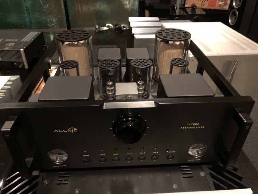 Allnic Audio L-7000 Line Stage Preamplifier