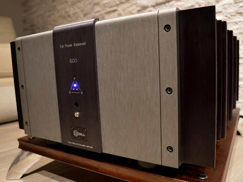 KRELL FPB-600 - Full Power Class A Reference Power Amplifier