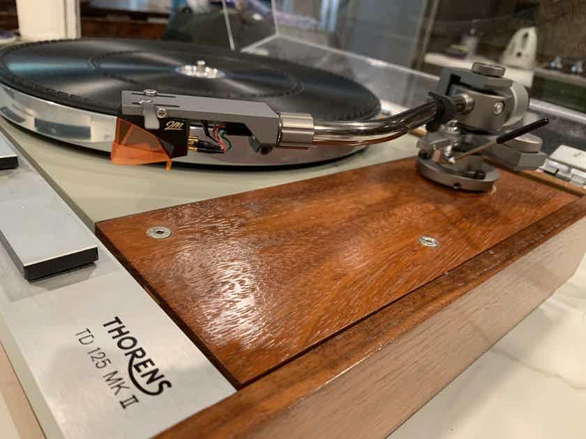 Thorens TD-125 mkII Resored & refinished, Ortofon 2m bronze