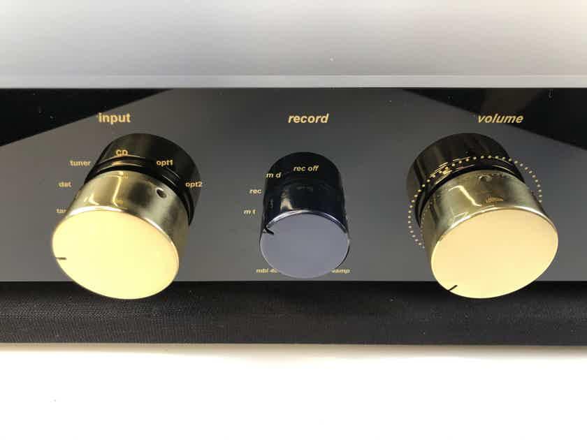 MBL 4004 Preamp with Remote - Super Rare!